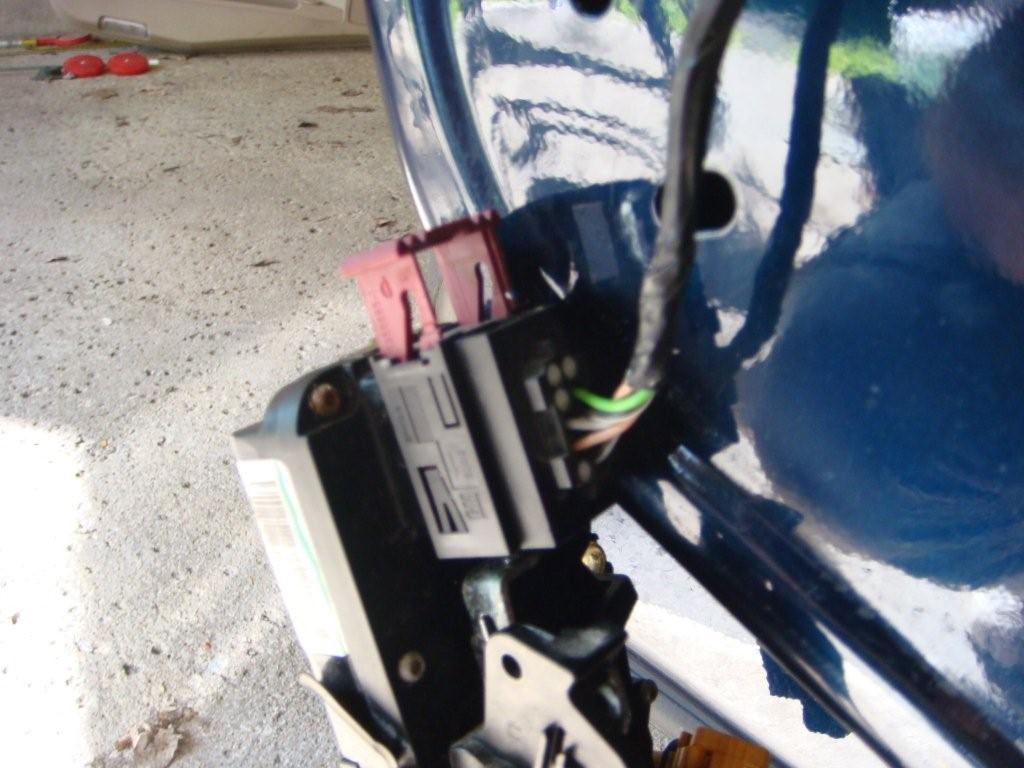 Cadillac Srx Fuse Box Wiring Library 2008 Rear Door Lock Actuator Assistance 2007 Fuses 2006